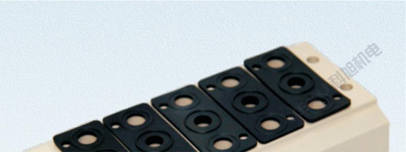 亚德客AirTAC 4V220电磁阀底座200M-6F汇流板 原装正品产品图片